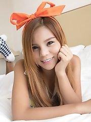 Naked asian hunk weibo